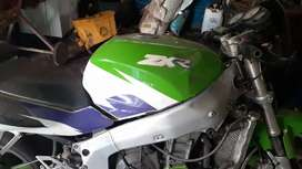 Kawasaki ZXR750 PARTS wanted