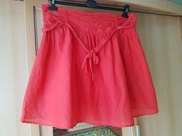 Czerwona spódnica 48