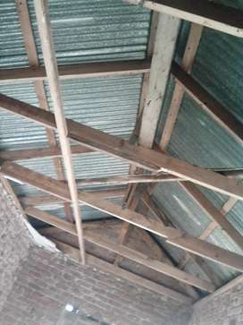 10 x roof struts at R300 each 10 available 5 m long