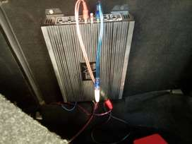 Car amp new and 2000w sub