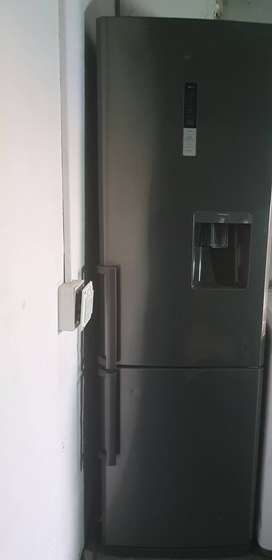 Samsung 288lt frost free Fridge for sale in Cape Town