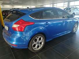 FORD FOCUS S 2.0 2013