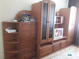 Стенка деревянна , шкаф, тумба, гостинная, купе
