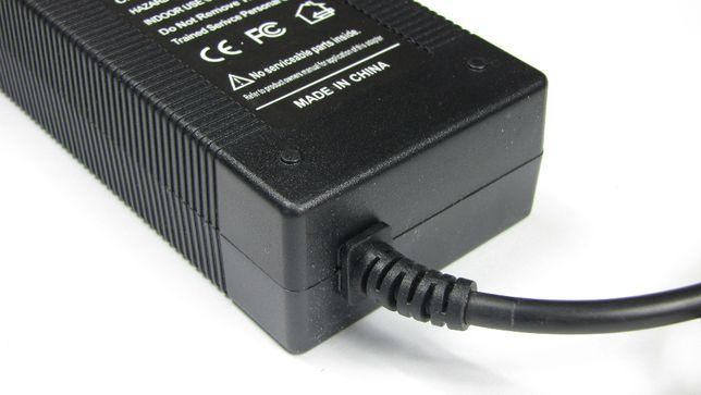 Ładowarka do akumularów litowo-jonowych 36V 2A wtyk okrągły 5.5/2.1mm Sochaczew - image 4