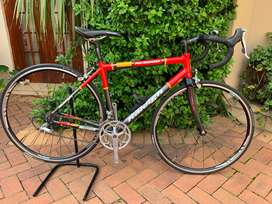 Road Bike Raleigh RC3000
