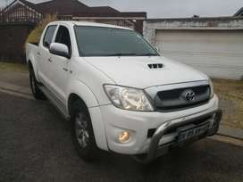 2011 Toyota Hilux 3.0L D4D 4x4 in great condition