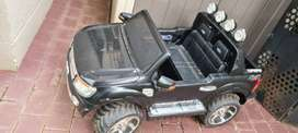 Kids Electric Ride On Car (Ford Ranger)