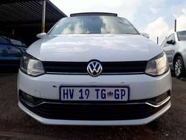 2017 Volkswagen Polo (6) (Tsi) Manual With Service Book Sunroof