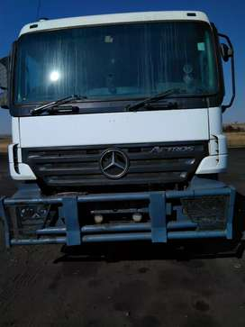 Selling a Mercedes Benz Actros mp2 truck