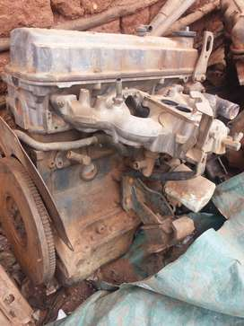 Nissan 1 ton Engen and Gearbox