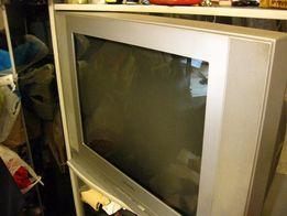 продам большой телевизор samsung
