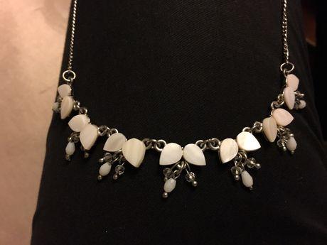 Komplet biżuterii masa perłowa, kwiatki Kalisz - image 1