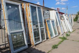 Двери пластиковые разных размеров новые в отличном состоянии