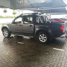 Nissan Navara yd25 with sub assembly and manual gearbox