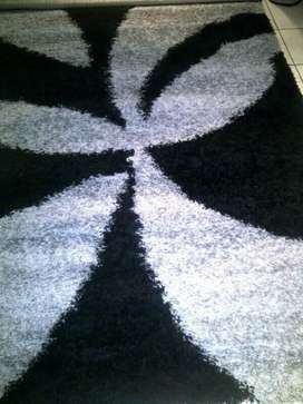 Carpet of different designs at an affordable price