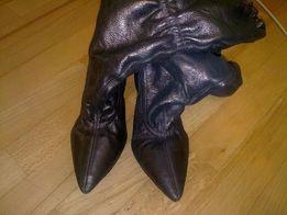 Продам кожаные сапоги, размер 40