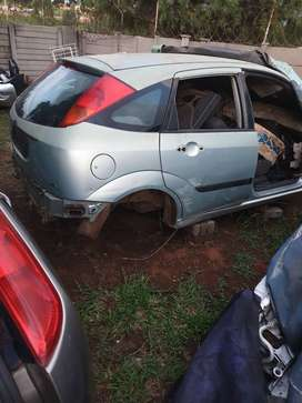 Ford focus 1.8tdci stripping all spare parts