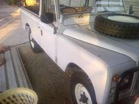 Land Rover Series 3 R6 lwb 109