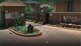 Rangeview krugersdorp Robins Nest of Robert - Broom