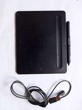 Wacom Intuos S Black - Drawing Tablet