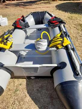 Dux inflatable boat