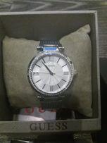 Piękny damski nowy oryginalny zegarek GUESS na bransolecie. Na święta