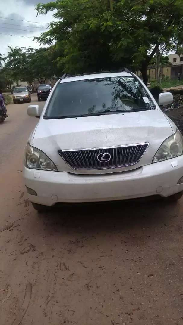 Lexus Jeep foreign  use and super clean 0