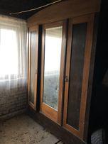 Starodawna szafa 3 drzwiowa