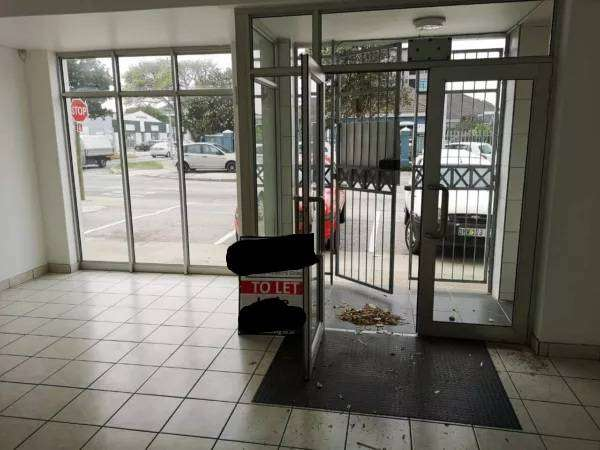 Retail Shop/Office Space to rent