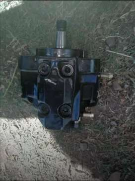 Common rail injector pump