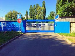 стоянка возле аэропорта Жуляны Киев