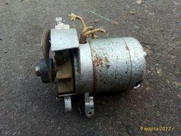 Двигатель на швейную машинку