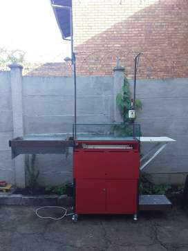 Mobile braai food cart with glass tank and lighting