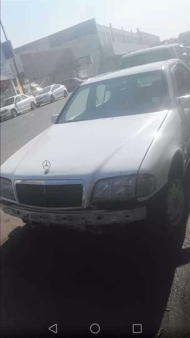Stripping mercedes W202 automatic for spares and accessories