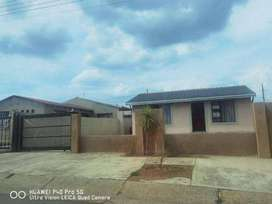 four room house for sale at tembisa Emoyeni