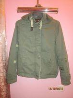 Куртка деми. 46-48 р-р. 400 руб.