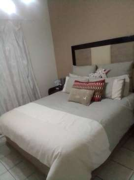 Room to rent in 3 bedroom house call me at