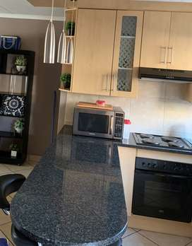Exisiting kitchen cupboards for sale