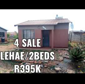 2 bedroom house for sale in Lehae R350 000