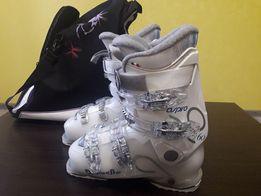 Продам женские горные лыжи с ботинками,Горные лыжи,горнолыжные ботинки