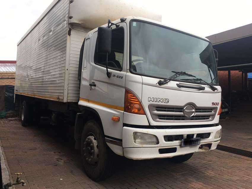 Toyota Hino 500 For Sale 0