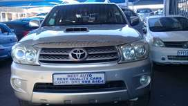 2009 Toyota Fortune 3,0 Engine Capacity D4D  with Manuel Transmission,