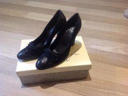 черные туфли EGLE замша с кожей 37р на каблуке