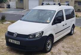 VW Caddy Maxi Kombi 2.0 TDI 2015 model