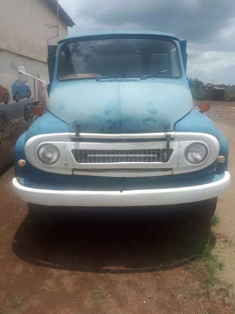 Ford truck for sale R57k neg,the only issue is the diesel pump 0
