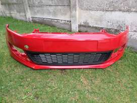 2014 VW POLO 6 FRONT BUMPER WITH CENTER GRILL FOR SALE. BRAND NEW