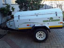Challenger trailer (box body- GVM 3500kg)   Price Negotiable.