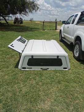 2013 hilux extra cab stainless steel canopy and rollbar