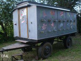 Павільйон для перевезення та утримування 32-х бджолосімей.
