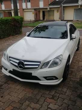 Mercedes E500 coupe.AMG. V8 POWER